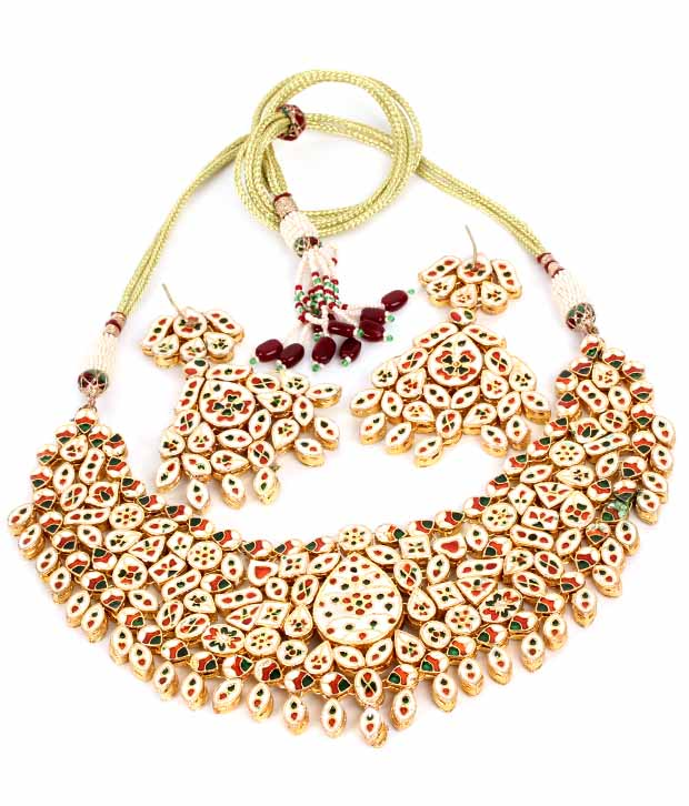 Diva Art Charismatic Kundan Bridal Set