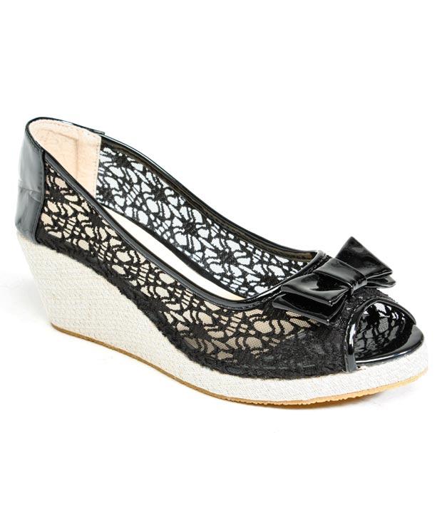 F n B Attractive Black Wedge Heel Pumps
